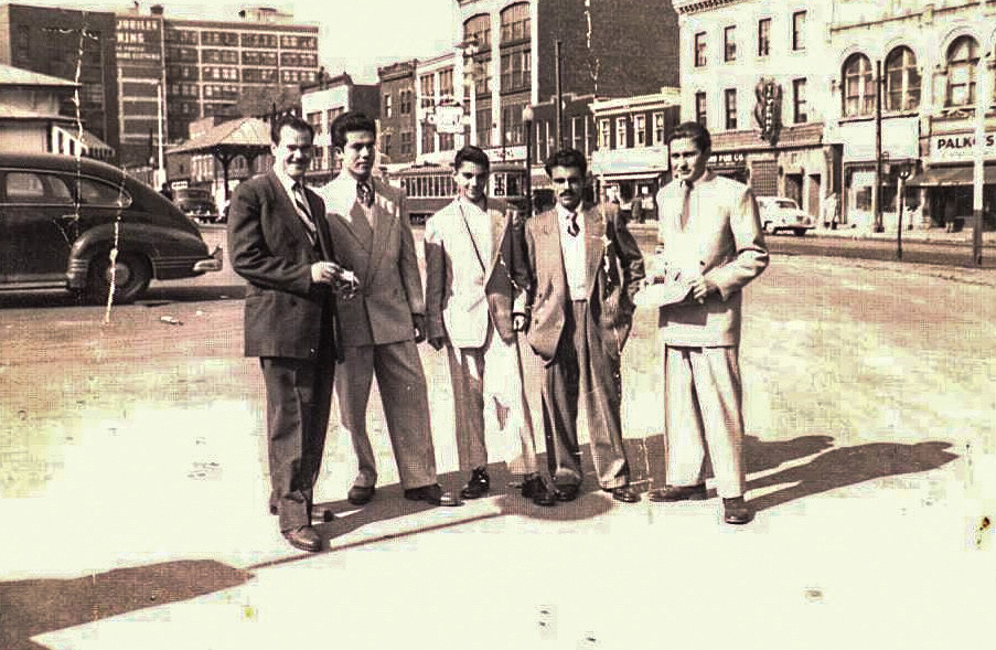 Together  Newcomers on the main road of Montreal. From the personal archive of Niki Kontapini.  Source: Immigrec